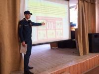 Курсанты провели занятие в гимназии города Березовского